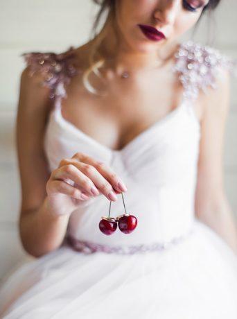 Свадьба цвета марсала в парк-отеле Алтай Green